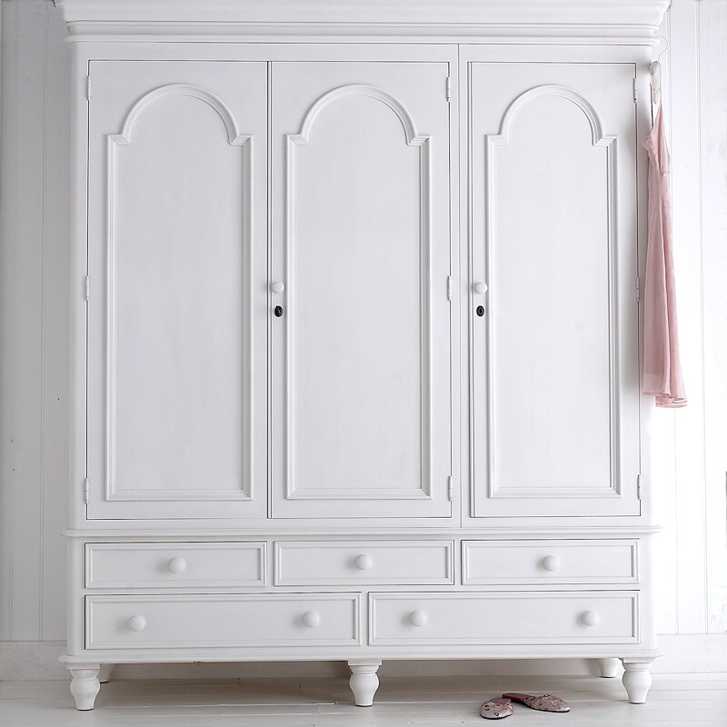 Victorian wardrobes in 3 sizes painted to order : victorian wardrobes in 3 sizes painted to order options triple 216hx189wx57d cms 1595 3 1111 p from www.anangelatmytable.com size 800 x 800 jpeg 224kB